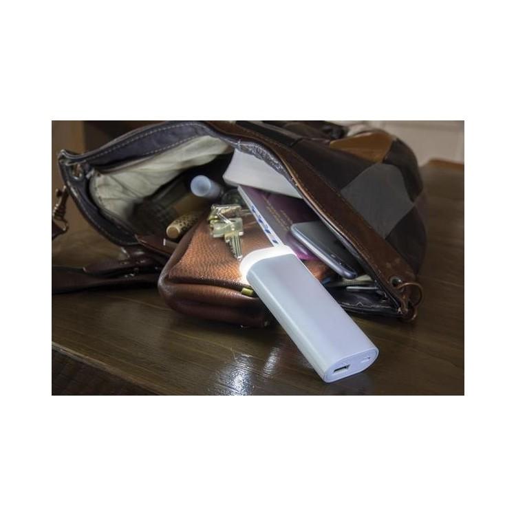 Batterie de secours et lampe torche 5000 mAh - Accessoire pour tablettes à prix grossiste